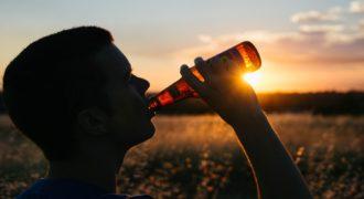 【驚き】お酒が飲めるようになる方法があった!そもそも酔うとはどういうこと?